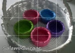 Mangkok mungil warna-warni (anyaman koran)